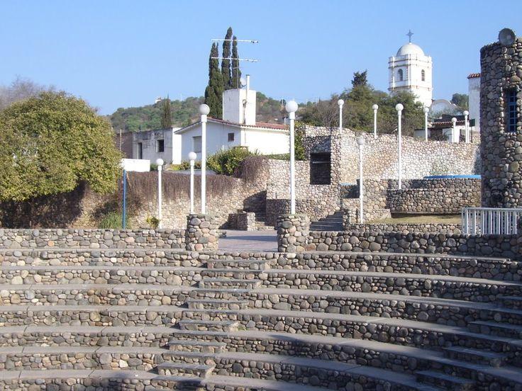 Anfiteatro de piedras, Rio Ceballos, Cordoba, Argentina
