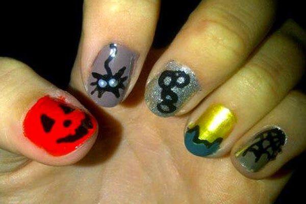Shake & Paint: Halloween Nail Ideas 2014 #halloween #nailart #pumpkin #spider