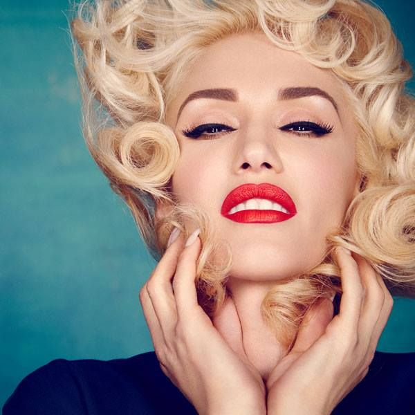 Gwen Stefani - Daily Actress