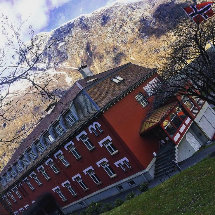 Visit our historical hotel this summer on your way to #Trolltunga  #tyssedal #tyssedalhotel #Norway