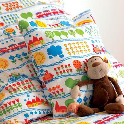 Lovely bedding :-) Para Lucas y para Paula.