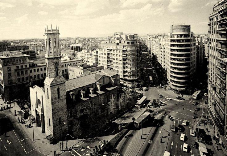 Plaza San Agustin Avenida del Oeste. vista aerea.años  70