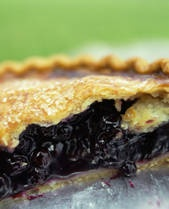 *yummy-Blackberry Pie Recipe (try cooking at 375 next time, so it doesn't take as long)