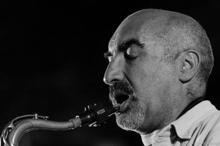 José Menezes - A deep breath...