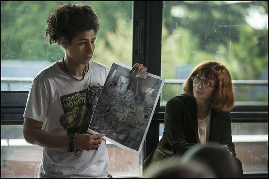 « Les Héritiers » : Ariane Ascaride dans la peau d'un prof En savoir plus sur http://www.lemonde.fr/cinema/article/2014/12/02/les-heritiers-ariane-ascaride-dans-la-peau-d-un-prof_4532486_3476.html#0SmJIVtMIBBIfoXY.99