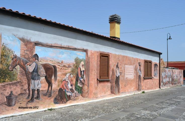 """#Murales #Tinnura #Sardegna #Sardinia """"Tutti i sardi e i continentali si fermino a Tinnura ad ammirare le piazze, le fontane e i murales che non vi dimenticherete mai. P.F.M"""""""