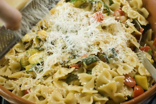 ... .com/cooking/2008/07/farfalle-with-zucchini-a-yummy-summer-meal