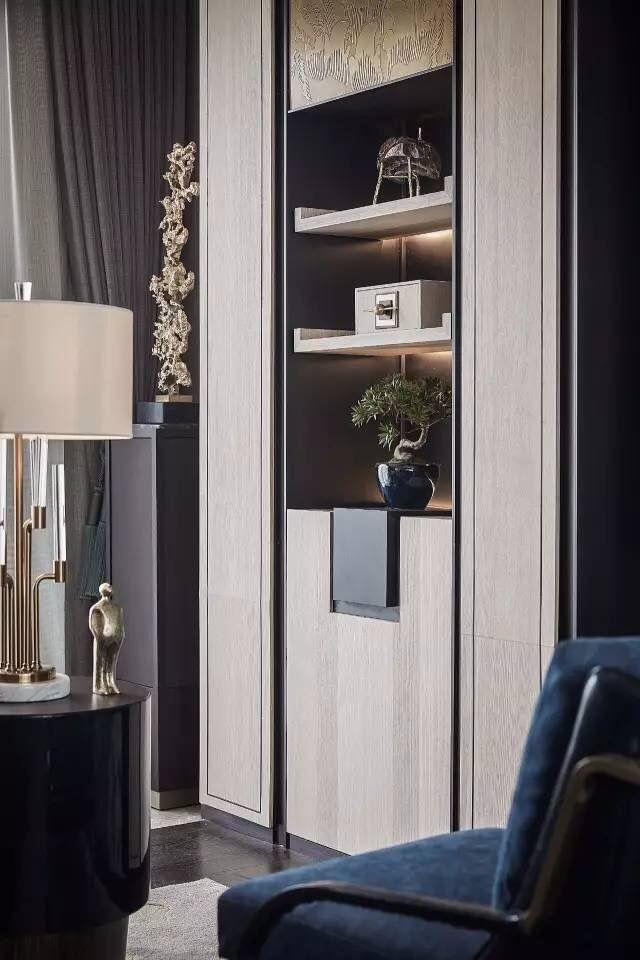 interesting details on display panel with cabinets, via @sunjayjk