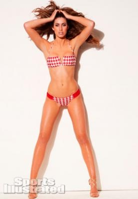 Katherine Webb rocking the Alabama Crimson Tide red houndstooth on the pages of Sports Illustrated (sneak peak at her photo shoot).