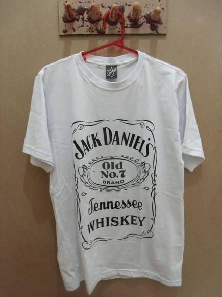 Camiseta Masculina Jack Daniels Cor: Branca R$ 49,00  www.elo7.com.br/dixiearte