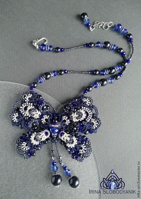 Купить Бантик - бабочка Звездное небо Кулон - темно-синий, бежевый, кружевной бантик, бабочка