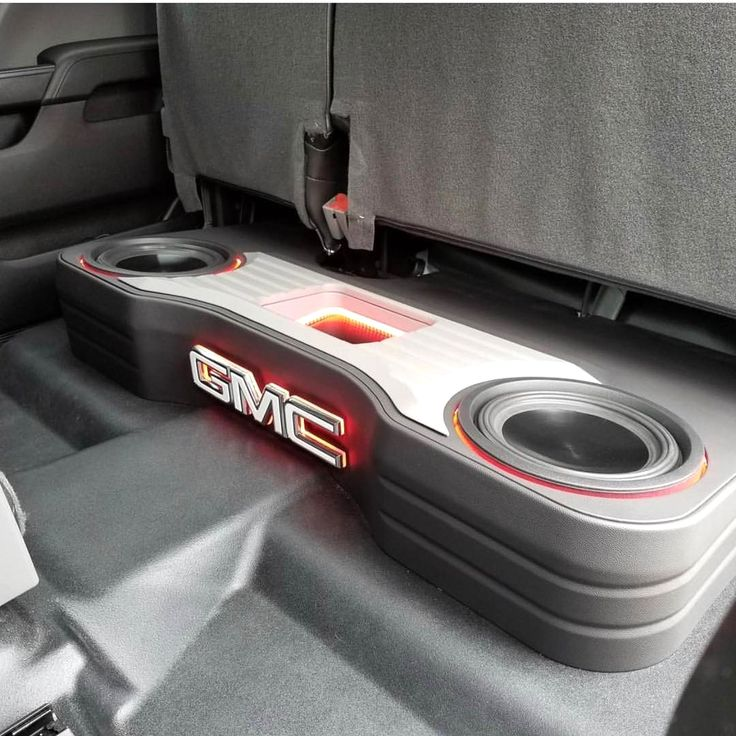 Its #subwoofersundays and checkout this build by @njfabricator75 in a GMC Sierra 2500. Remember to tag people @12vmisfits or #12vmisfits for future appearances on our page. #12v #12volt #caraudio #caraudiofabrication #clean #subwoofersunday #talent #handbuilt #fabricated #builtnotbought #hugeport #ported # #bassheads #basshead #bass #boom #quad #decibels #lownotes #sealed #4thorder #6thorder #blowthru #spl #handcnc #routercnc #sq #soundquailty Repost from @12vmisfits  Want your po..