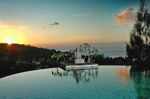Villa Soma hill view from pool