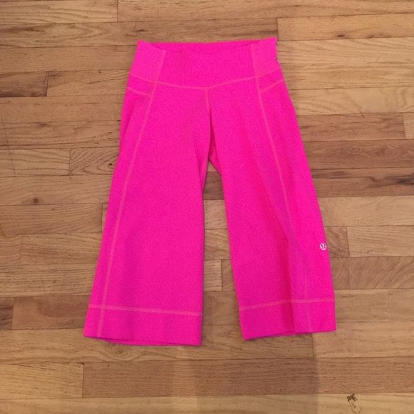 Lululemon 2 crops hot pink pants Lululemon 2 crops hot pink pants in like new clean condition. No piling or wear. Inseam is 16 inches. Consigned to my boutique no trades. No modeling. lululemon athletica Pants Ankle & Cropped