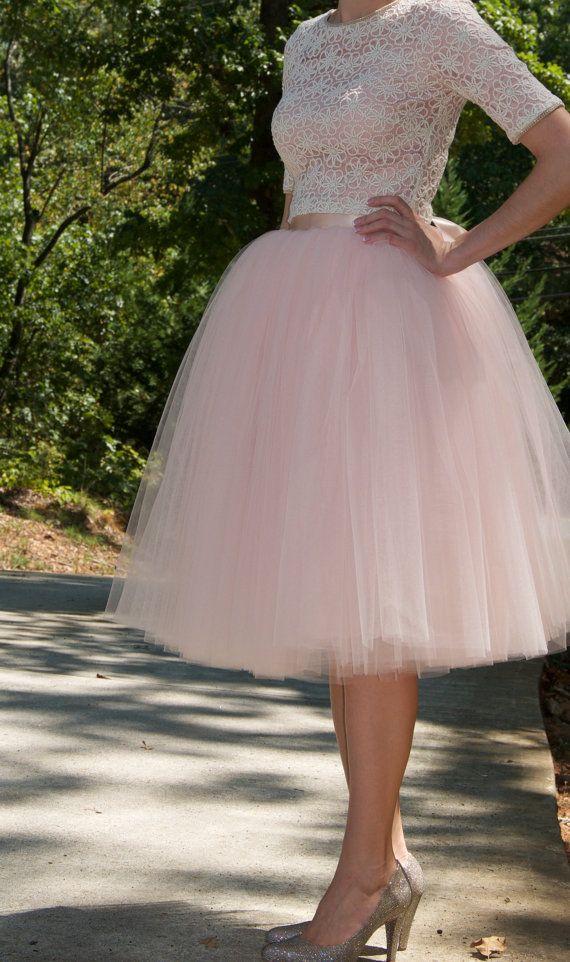 17 meilleures id es propos de jupes en tulle sur pinterest jupe de ballet jupes tutus et. Black Bedroom Furniture Sets. Home Design Ideas
