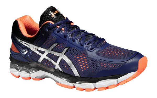 buy online e571f abaed Estas zapatillas de running de hombre se posicionan como · Long Distance Running  ShoesGel Kayano 22Stability ...