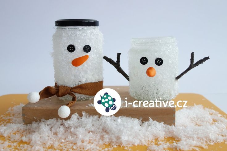 Sněhulák ze sklenice - tvoření s dětmi