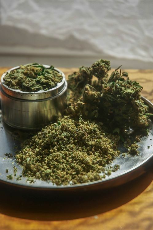 When there is a mountain we say smoke it #6weedgod #toronto #Canada #cannabis #canadianstoners #dope #weedsociety #marijuana #luxury #maryjane #topical #smoke #medicalcannabis #acmpr #bongs #sativa #hightimes #stayhigh #ganja #vape #healthy #indica #inspire #kush #ontario #onlinedispensary #bespoke #smokeweed #cannabisculture #420daily