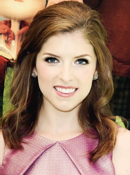 Anna Kendrick -- shes gorgeous when her makeup is done right :)