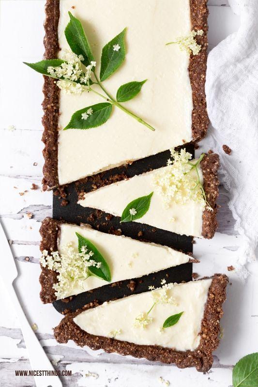 No Bake Holunderblüten Tarte mit weisser Schokolade Rezept