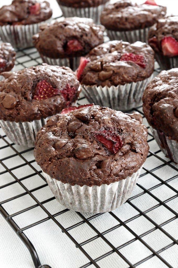 A tökéletes csokis muffin -eperrel / Best chocolate muffin ever - Szofika a konyhában...