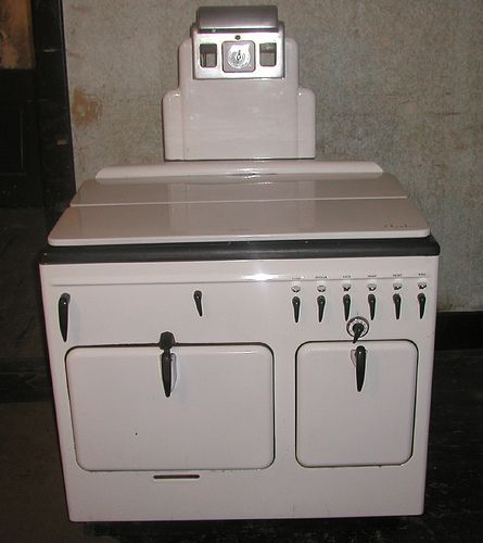 Find this Pin and more on Old Stoves. - 1227 Best Images About Old Stoves On Pinterest