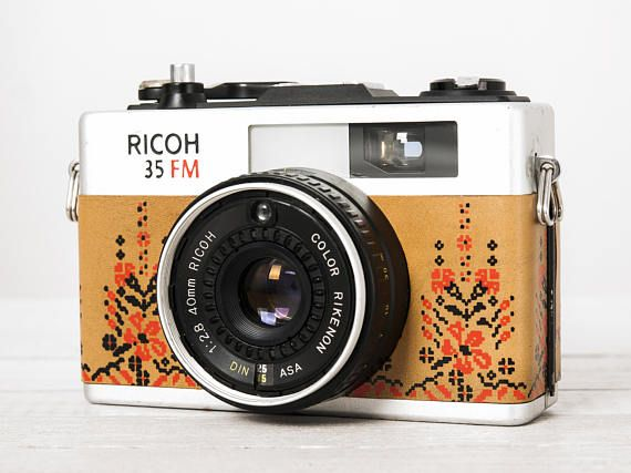 Ricoh 35FM + f:2.8! functional vintage 35 mm film camera, small compact point and shoot, Filter, Neckstrap, Genuine leather, New lightseals!
