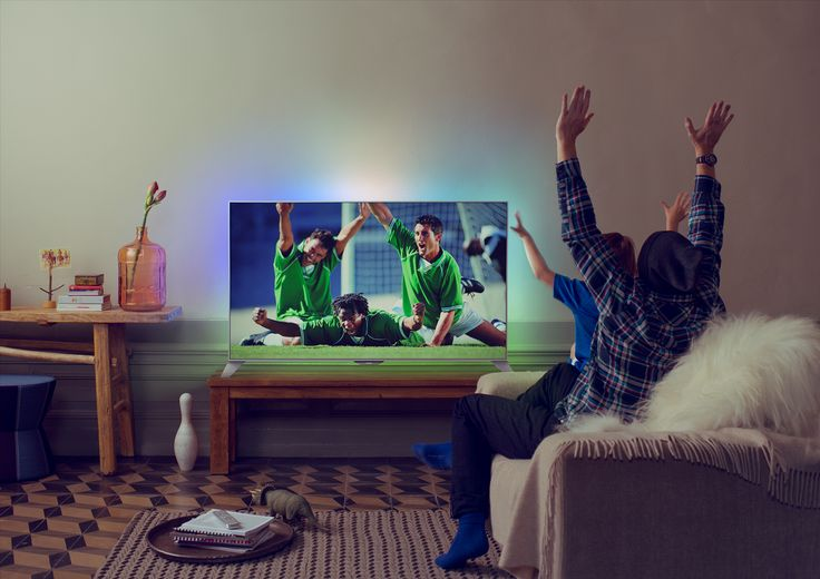 Den nye 8109-serien fra Philips er en full-HD TV med firesidig Ambilight og Androidmotorisert innside.