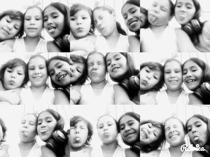 Una hermanas y una amiga