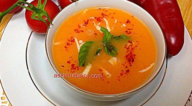 Kapya Biberli Domates Çorbası