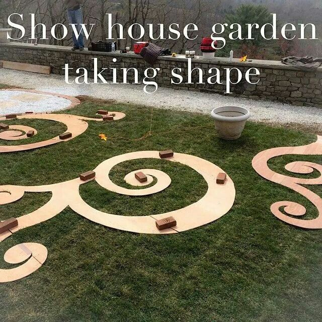 Scroll Garden  - Start