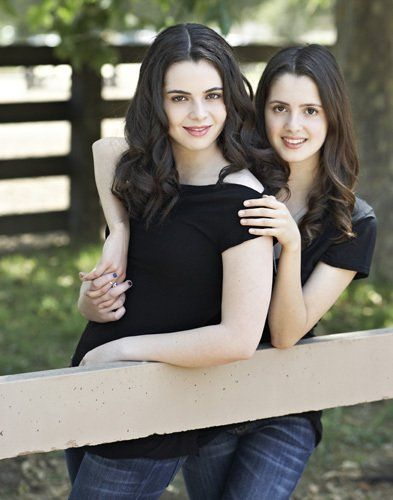 Vanessa Marano and Laura Marano are sisters!!! Switched at birth chic and austin and ally chic! wow. mind blown