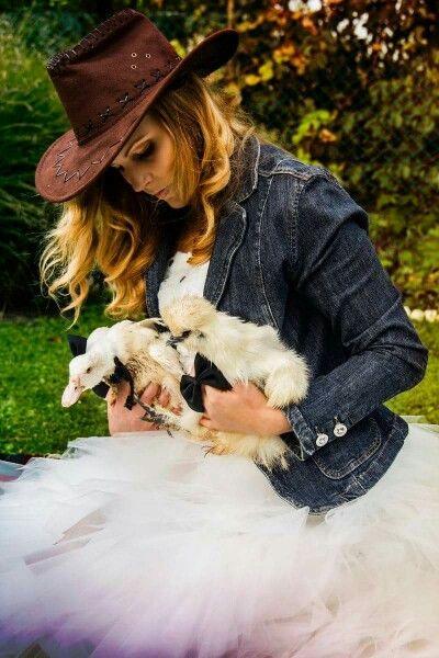 #esküvő #állat #cowgirl #vidéki esküvő #esküvőszervezés