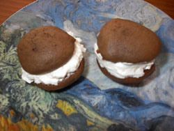 Chocolate Gobs - Classic Recipe:  Use powdered sugar for the filling (same amount).  This matches mom's Chocolate Gob recipe card.