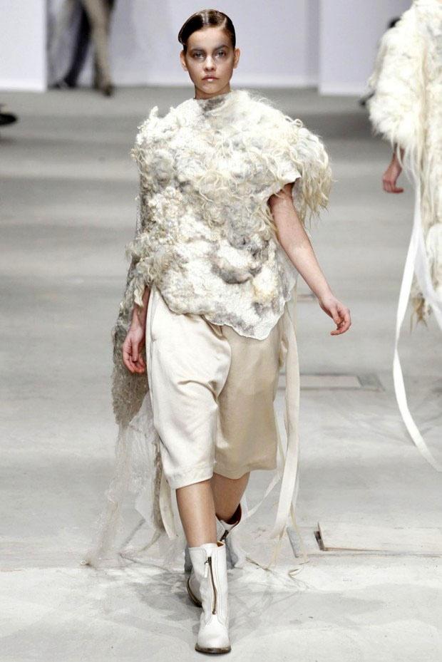 Felt artist Vilte Kazlauskaite & fashion designer Josephus Thimister, Paris Fashion Week 2011.