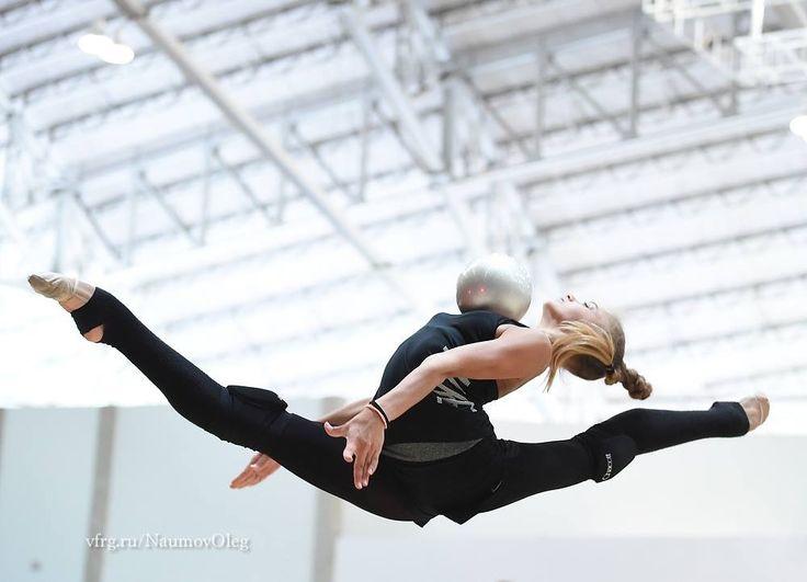 Alexandra SOLDATOVA (Russia) ~ Ball training @ OG Rio De Janeiro-Brasil 2016   Photographer Oleg Naumov.