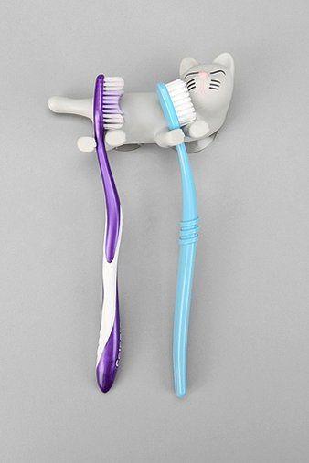 Cat Toothbrush Holder - #dentaltips Colorado Springs Pediatric Dentistry | #ColoradoSprings | #CO | http://www.cspediatricdentistry.com/