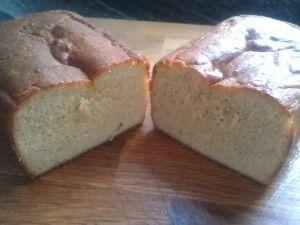 Sockerkaka - LCHF - Ingredienser: 150 gram smält osaltat smör 1 dl grädde 5  ekologiska ägg 2 msk Bakery+ sötning 1 tsk vaniljpulver 1 dl mandelmjöl 1 dl kokosnötsmjöl 0,5 dl pofiber 1 msk fiberhusk 2 tsk bakpulver