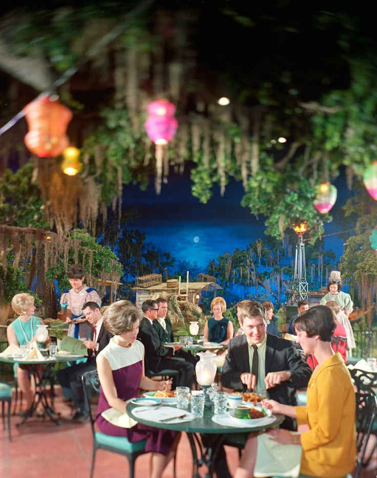Blue Bayou Restaurant at Disneyland circa 1967. Everyone should have to dress like this to dine there.