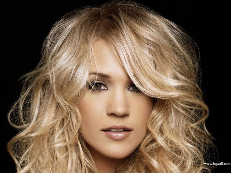 Carrie Underwood~VEGAN~Animal rights advocate