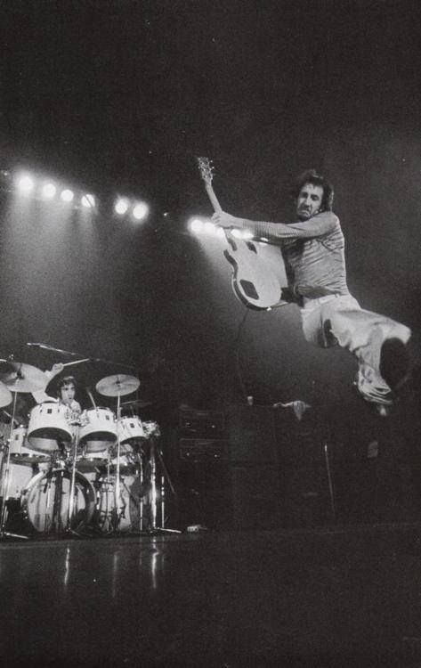 Pete Townshend, Keith Moon the colts look like they could use a couple of guys with this enthusiasm and energy