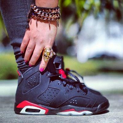 Air Jordan 6 >>> can someone get me this 6s hot damn!