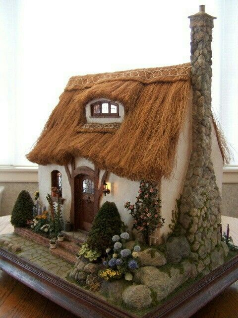 64 Best Dollhouse Roof Amp Chimney Images On Pinterest