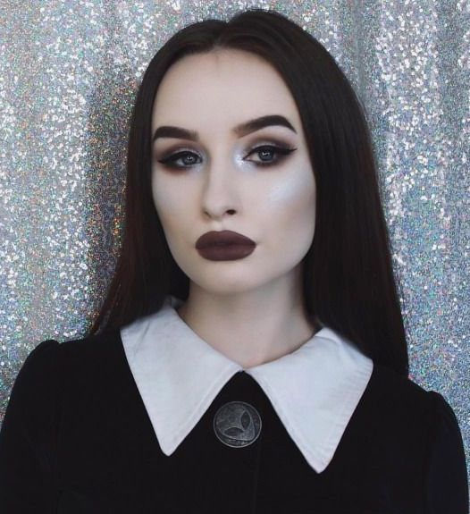Easy Halloween Makeup - Wednesday, Addams Family - CosmopolitanUK