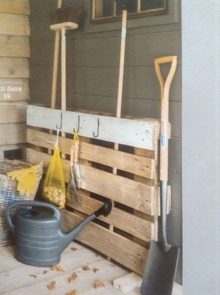 Opbergrek van pallet - wonen landelijke stijl-