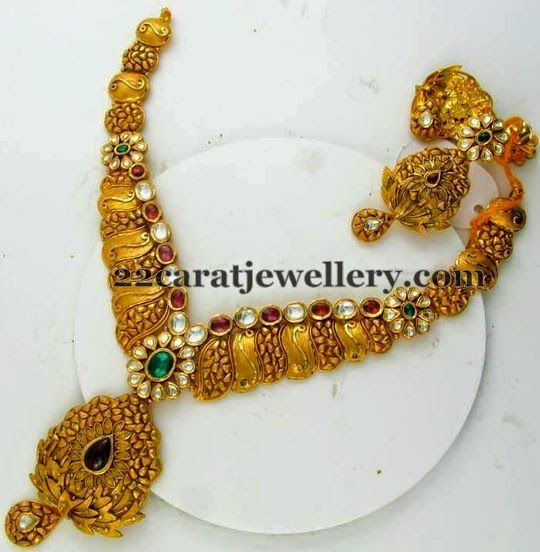 Jewellery Designs: New Patterned Antique Necklace