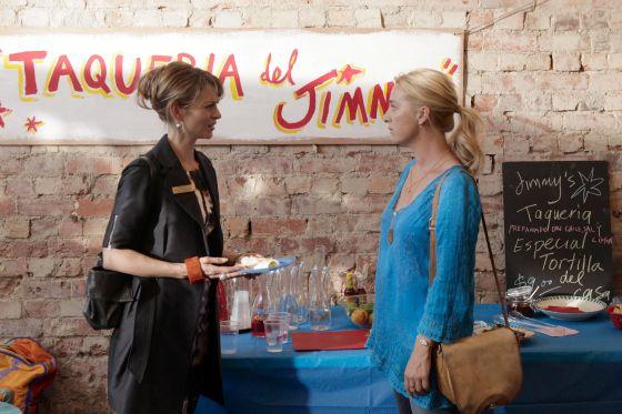Billie and Nina Proudman Offspring Season 4 Episode 6