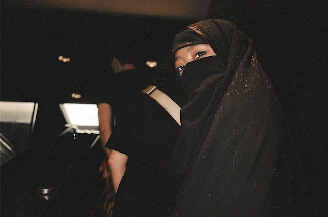 I Walked Around in a Burqa All Day (And I'm Not Muslim)