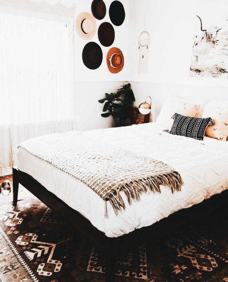 Best 25+ Mansion Bedroom Ideas On Pinterest