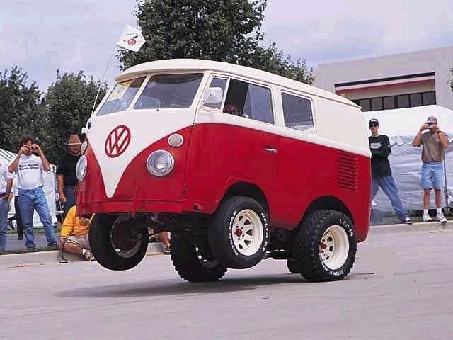 Shortened VW Kombi van wheel stander